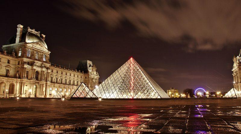 Les militaires de l'opération sentinelle attaqués avec une machette au Louvre