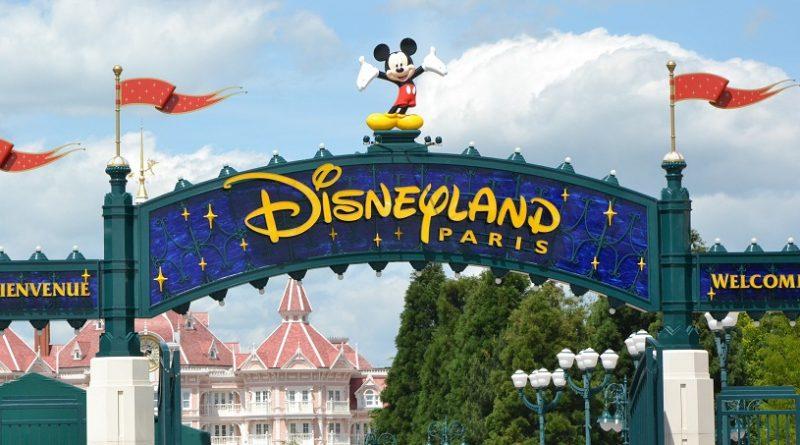 Seine-et-Marne : le service de sécurité du parc Disneyland Paris interpelle quatre adolescents qui tentaient d'entrer dans le parc en pleine nuit